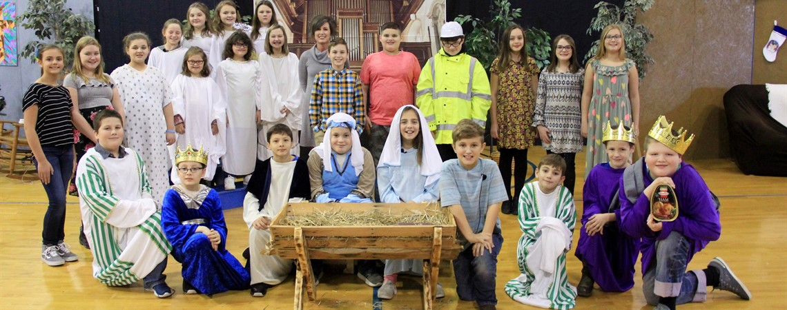 "Camargo Elementary students presented ""The Best Christmas Pageant Ever""."
