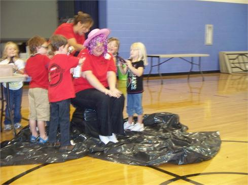Top sales from each homeroom made a giant sundae!